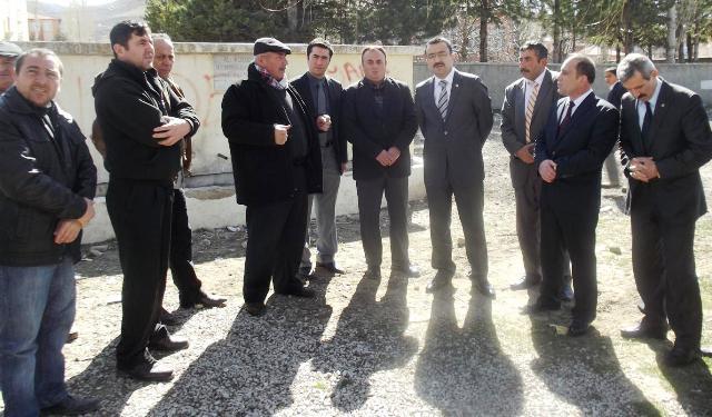 MHP Milletvekili Türkoğlu Akkuzulu'yu Ziyaret Etti