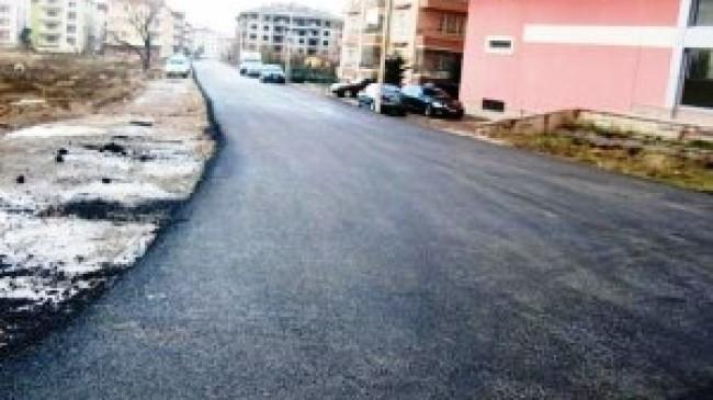İzzet Begoviç ve Samurkent Caddeleri Asfaltlanıyor