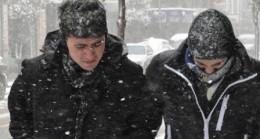 Akkuzulu'da Yılın İlk Kar Yağışı Başladı